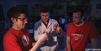 Chemistry students in a lab at Liberty University.