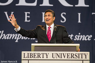Michael Youssef speaks at Liberty University Convocation.