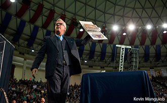 Glenn Beck shows a historical artifact during his speech at Liberty University.
