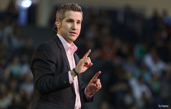Jon Acuff addresses students at Liberty University Convocation.