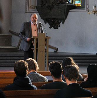 Dr. Gary Habermas lectures in Sweden.