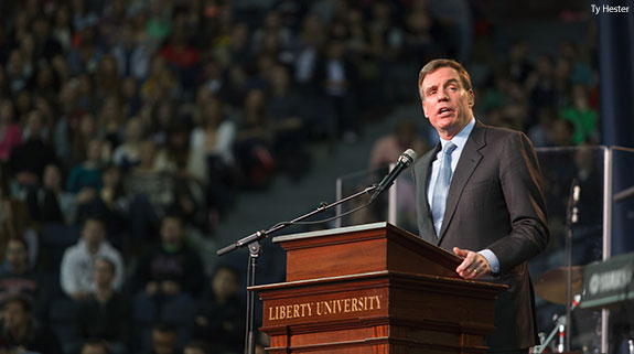 Sen. Mark Warner speaks at Liberty University Convocation.