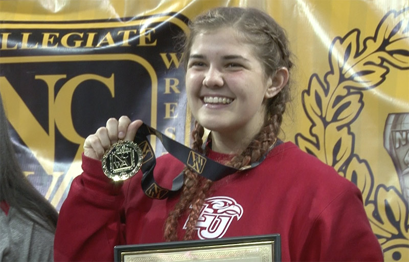 Sophomore Cendall Manley defended her 170-pound title.