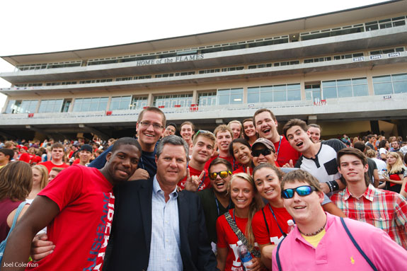students with Chancellor Jerry Falwell Jr