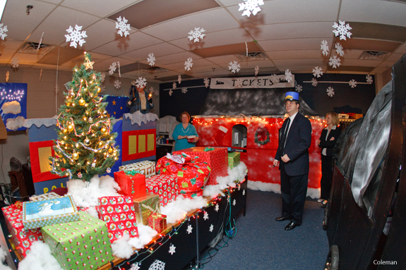 an office decorating contest has given a boost to the christmas spirit around liberty universitys campus this month with themes ranging from narnia to - Christmas Office Decorations