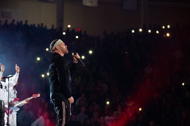 Toby Mac performing at Liberty's Convocation