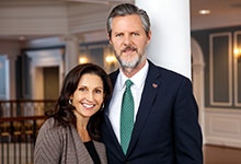 Jerry Falwell Jr. and wife Becki Falwell with Students