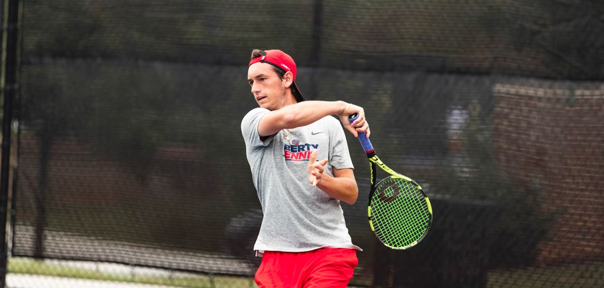 Ferreira won two matches on day one of the ITA Atlantic Regional, Thursday.