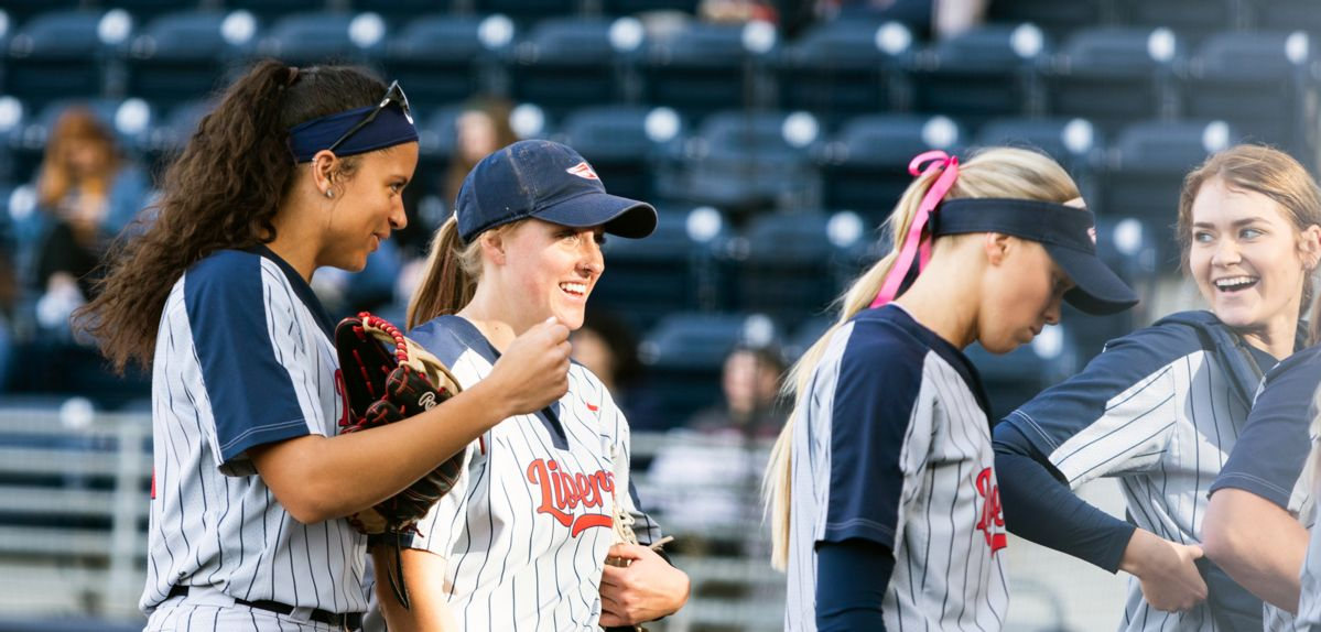 Lady Flames Run-Rule Cleveland State, 9-0