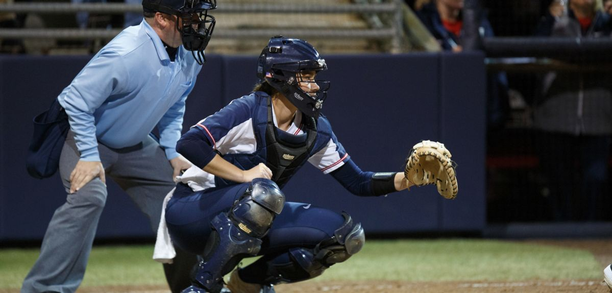 Kayla Harris had the winning hit in Liberty's 2-0 win on Sunday.