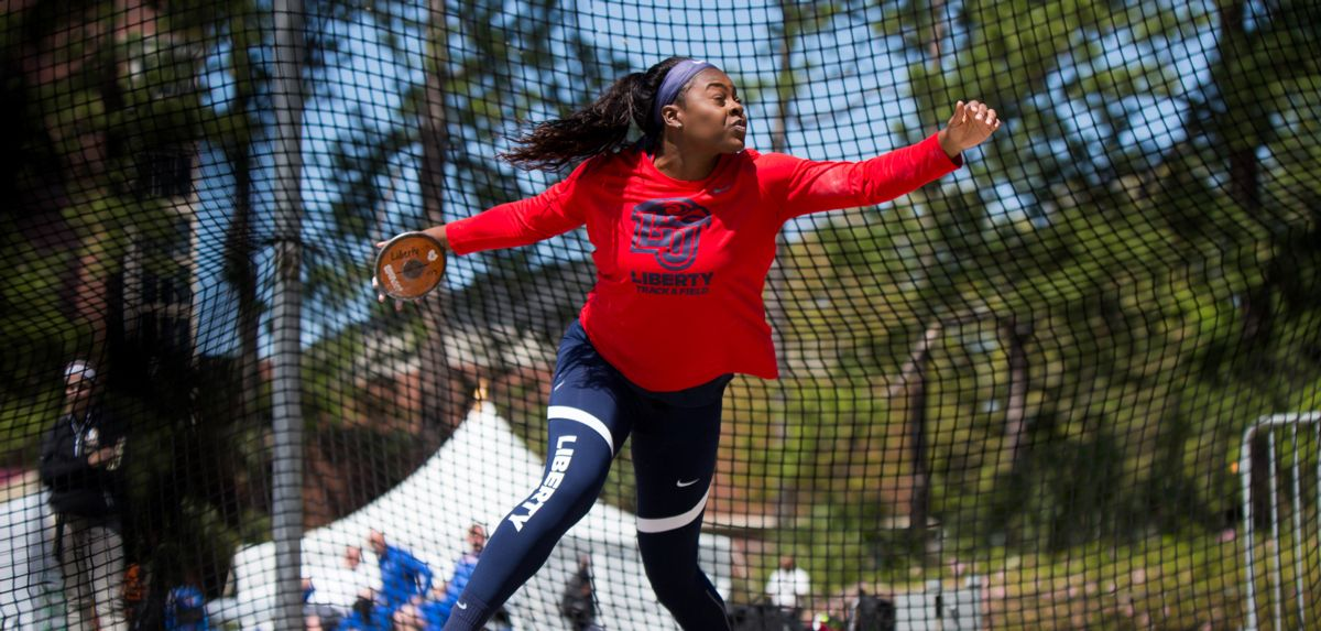 Igberaese Competes in USATF Jr. Women's Discus