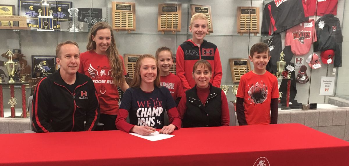 Foot Locker Finalist Ackley Signs with Liberty Track/XC