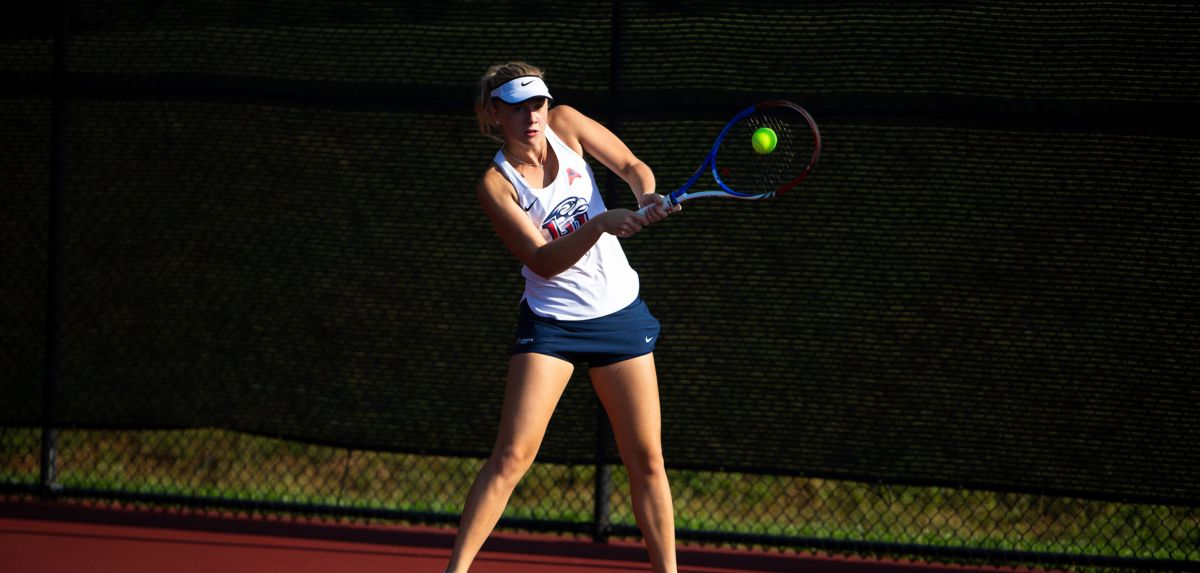The Lady Flames swept the Mocs 7-0, Thursday.