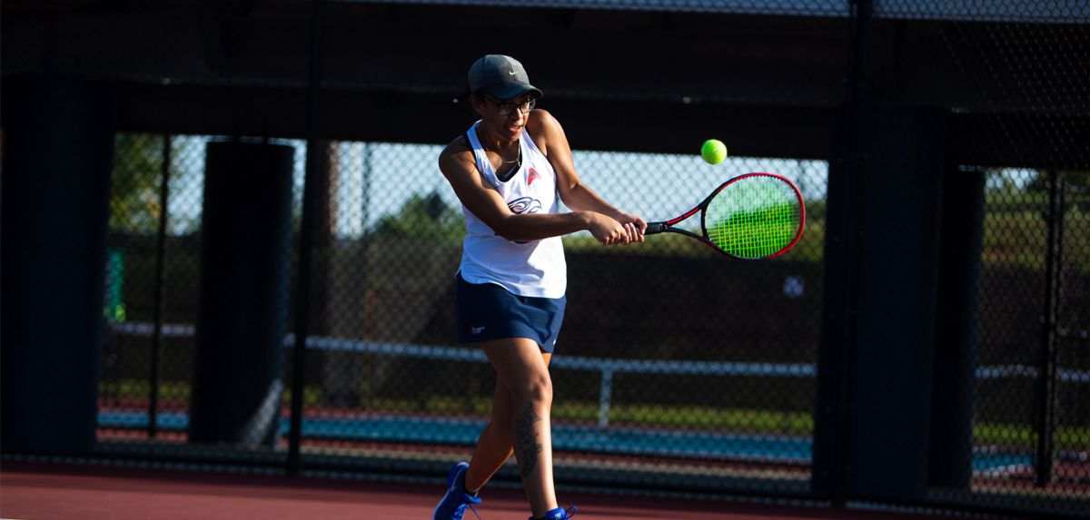 Soli went 4-0 in her matches on Saturday.