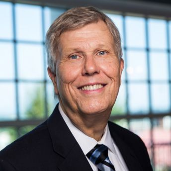 Dr. Robert Tucker