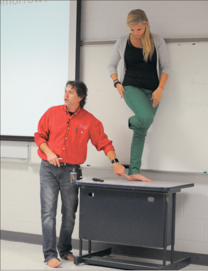 Barefoot professor' stands out -