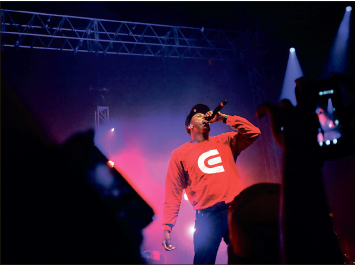 Students go crazy for Lecrae - The Liberty Champion