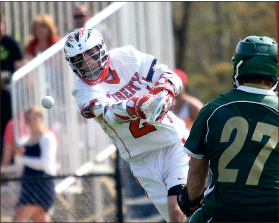 Liberty men's lacrosse heads into nationals with a 16-1 record.
