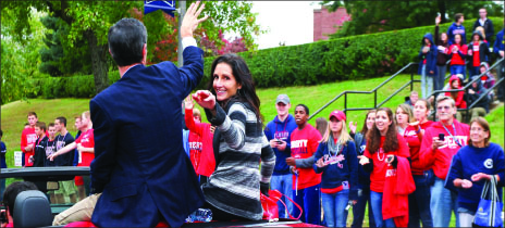 President Jerry Falwell, Jr. and Becki Falwell greet students in the parade