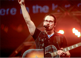 MUSIC — Justin Kintzel leads students in worship during Spiritual Emphasis Week. Photo credit: Leah Stauffer