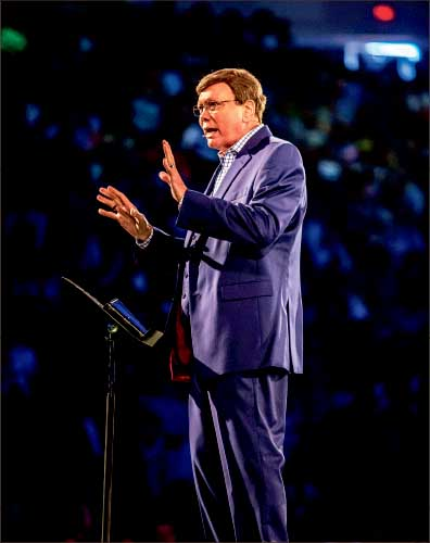 Testimony — Dr. Ed Hindson shared the importance of finding purpose in God. Photo credit: Michela Diddle