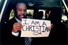 "Solidarity — People around the nation held up ""I am a Christian"" signs after the UCC shooting. Google Images"