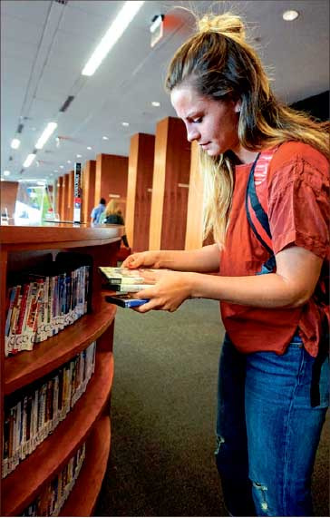 Research — Students used the Jerry Falwell Library to study up on healthy living. Photo credit: Kallie Britton