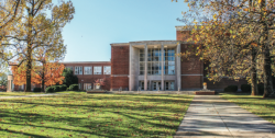 """MENTOR — E.C. Glass High School in Lynchburg is one of the two public high schools with """"Future Centers"""" Liberty students visit to assist high school students in preparing for college life. Taylor Coleman   Liberty Champion"""