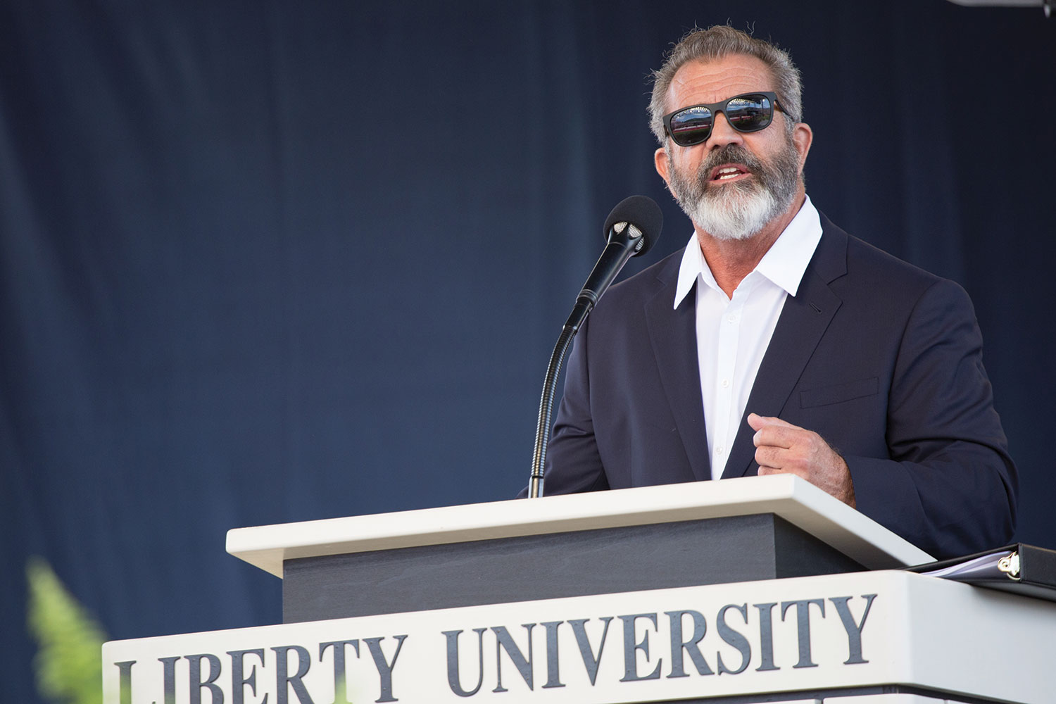 Hollywood actor/director/producer surprised graduates at Liberty's 43rd Commencement.