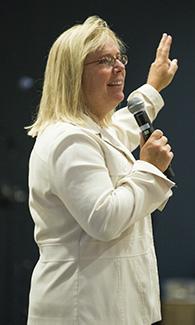 Dot Richardson, M.D., leads LUCOM Class of 2020 convocation.