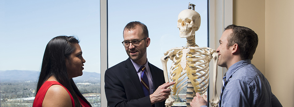Dr. Jason Wells teaches anatomy.