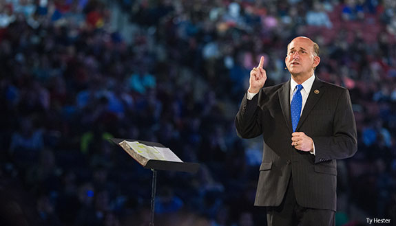 U.S. Rep. Louie Gohmert addresses Liberty University students in Convocation.