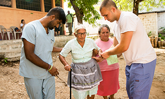 LUCOM student-doctors serve in Guatemala.