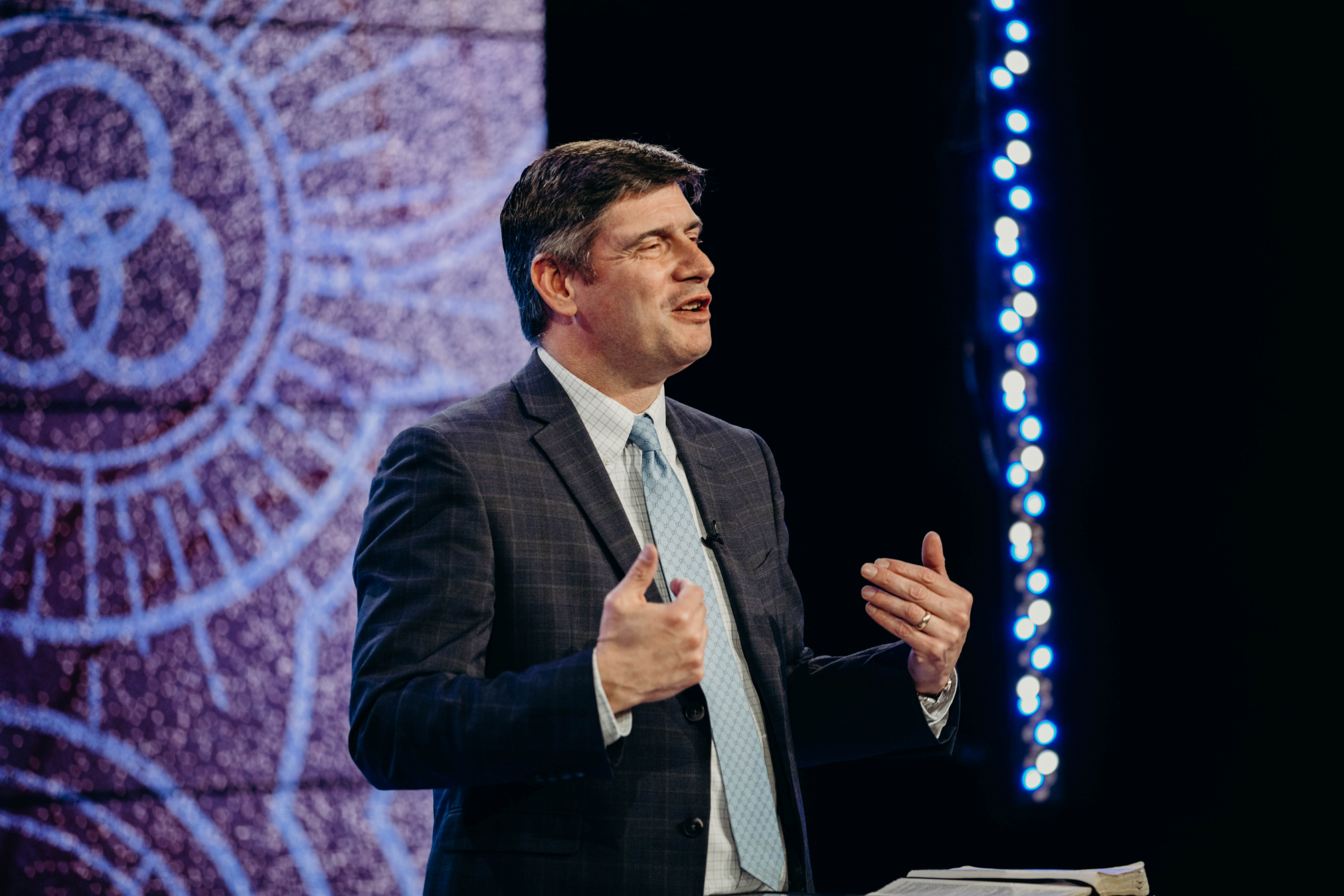 Will Graham brings Convocation message on humble servanthood and being prepared for God's plan