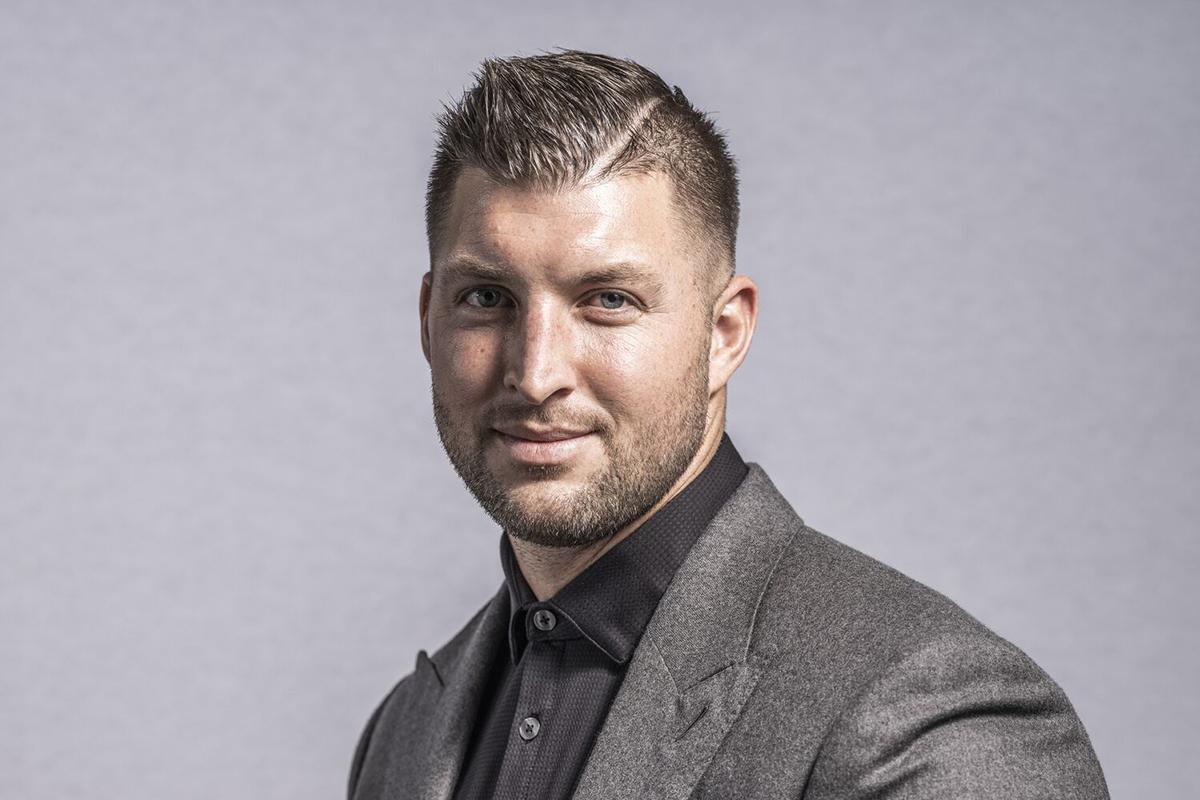 Tim Tebow to deliver keynote address at Liberty University Commencement