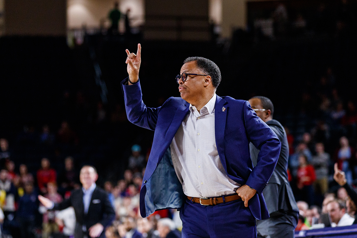 Liberty announces contract extension for men's basketball coach McKay through 2028