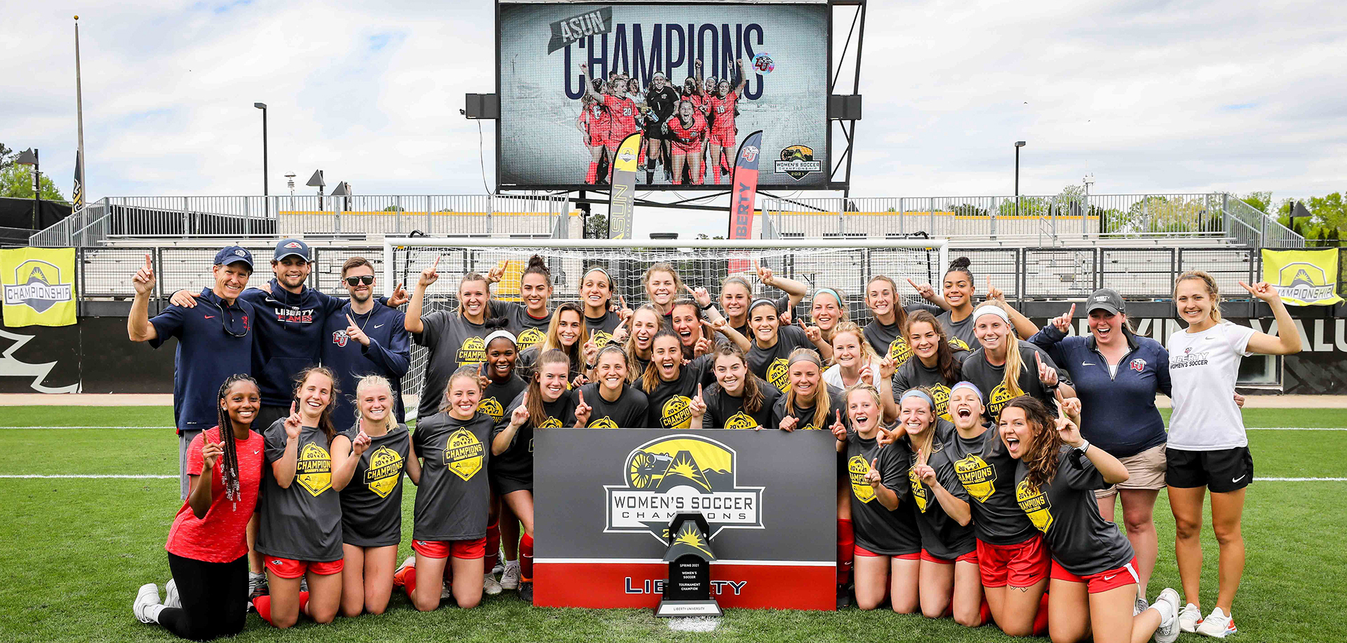 Women's soccer wins ASUN crown, punches ticket to NCAA College Cup