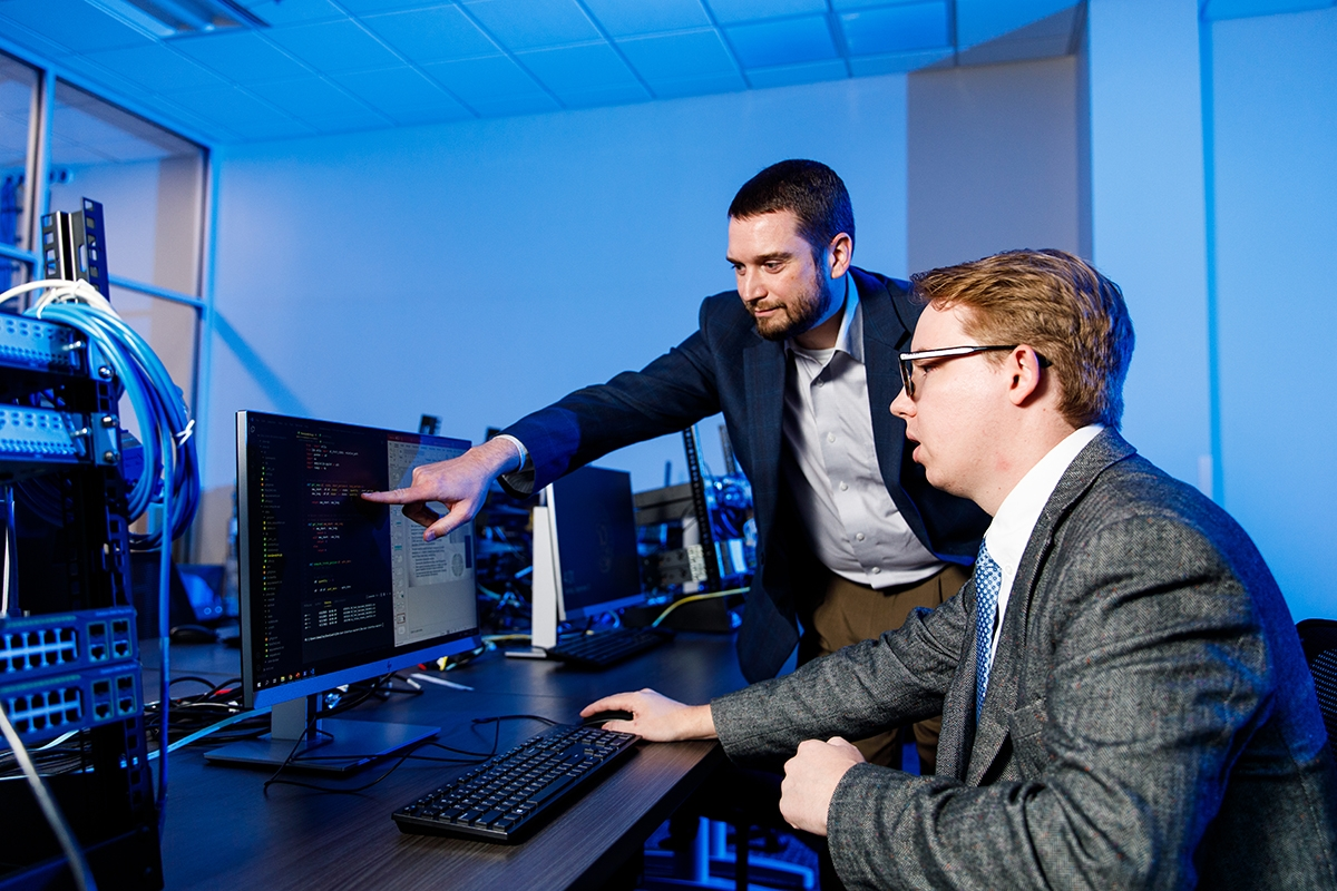 DHS grant allows Liberty University business students to conduct research in fight against opioid epidemic