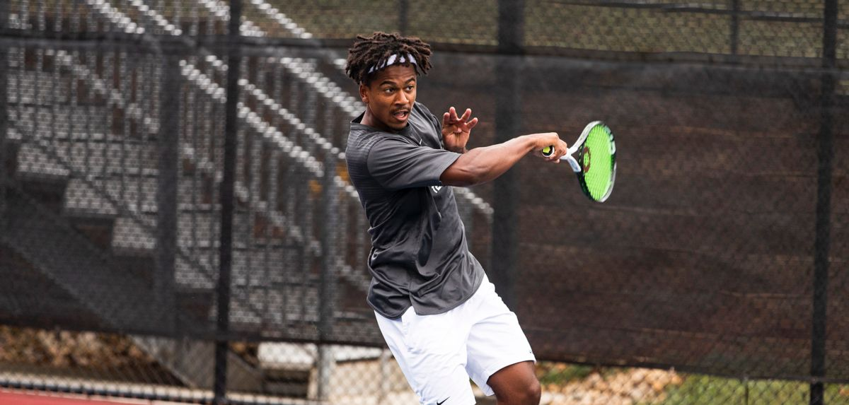 Thomas-Smith (pictured) and Muamba will play in tomorrow's doubles final at the ITA Atlantic Regional.
