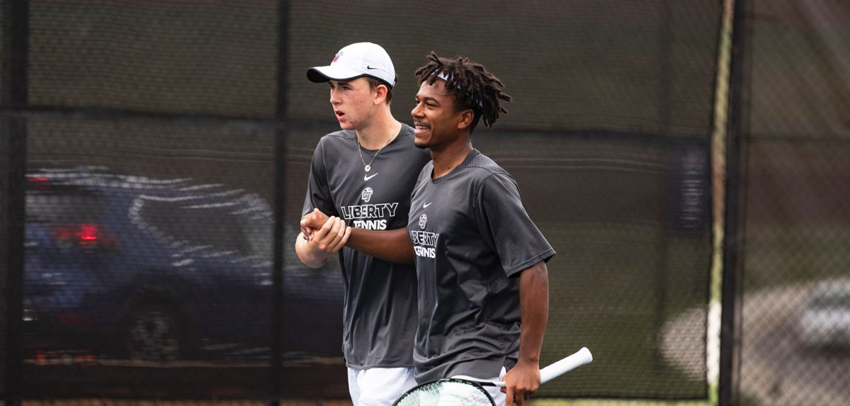 Mundt (left) and Thomas-Smith (right) were victorious in doubles, Saturday at the Liberty Invitational.