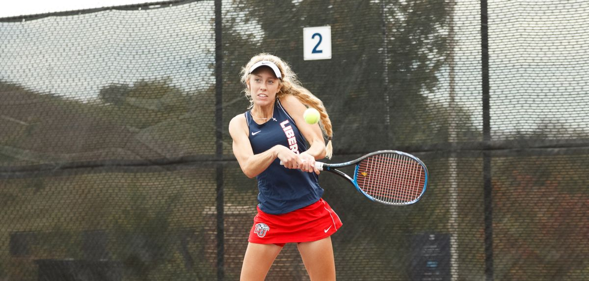 The Lady Flames tennis team went a perfect 5-0 in doubles bouts on day one of the Cal State Northridge Fall Invitational.
