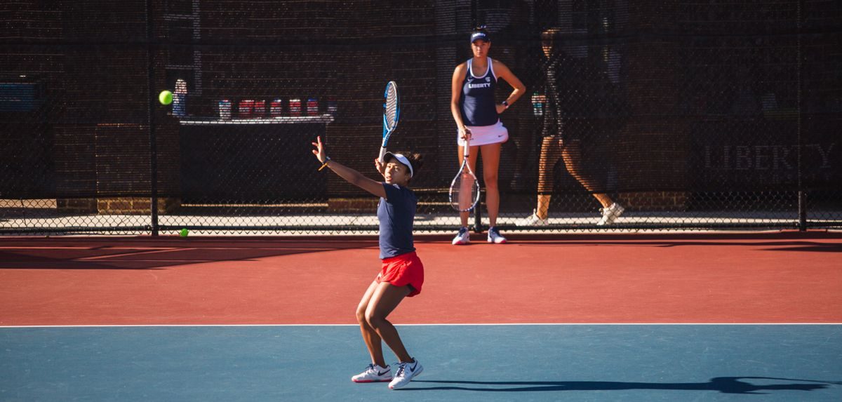 Medina will contend for a doubles and singles title on Sunday at the UNLV Rebel Invite.