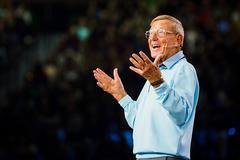 College football legend Lou Holtz talks career, faith, and the right attitude