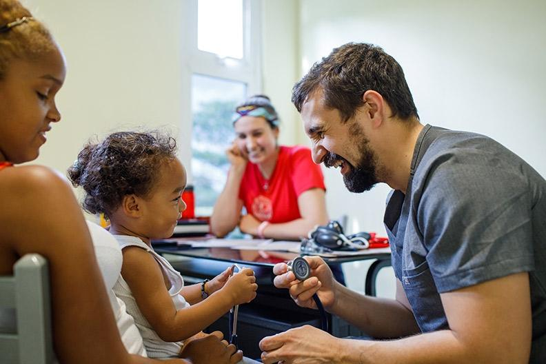 Liberty student-doctors' service in Central America, Caribbean builds global medicine efforts