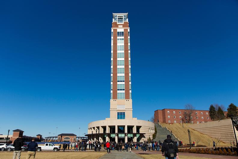 Liberty University Academic Calendar >> Topping off Freedom Tower: LU celebrates grand opening of new campus landmark | Liberty University